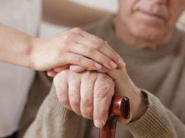 Leider können Hände schütteln alle diese Symptome Parkinsonismus