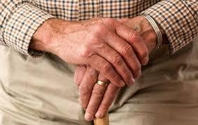 Wodurch Wörter Parkinson-Aktionsnetzwerk weniger lesbar werden